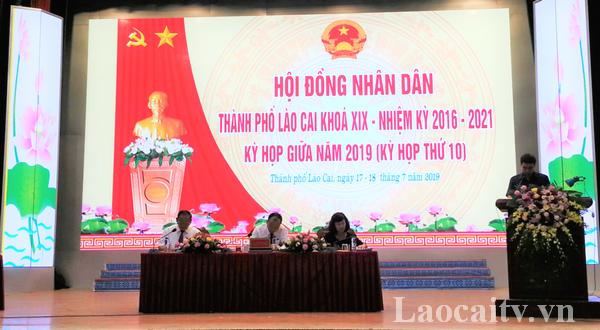 Kỳ họp thứ 10 HĐND thành phố Lào Cai thông qua Đề án sáp nhập phường Lào Cai và phường Phố Mới.