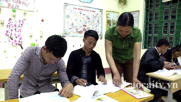 Lào Cai luôn đẩy mạnh triển khai công tác xóa mù chữ.