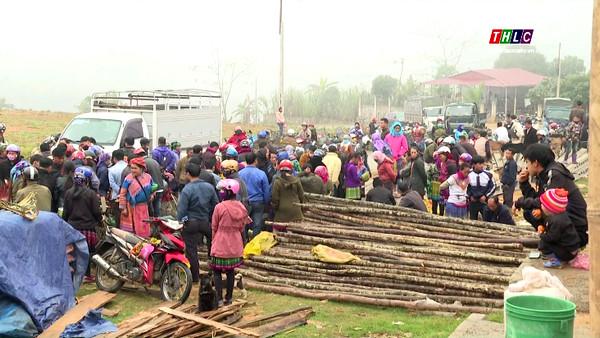 Chợ phiên xã Cốc Ly, huyện Bắc Hà.