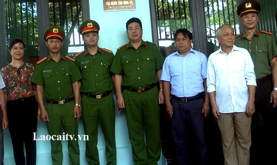 Công an tỉnh Lào Cai bàn giao nhà tình nghĩa cho cán bộ có hoàn cảnh khó khăn