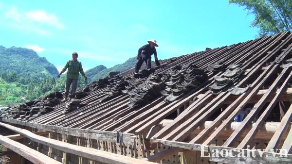 Mưa dông và mưa đá làm thiệ.t hại về cấu trúc 12 nhà tại các xã Nàn Sán, Si Ma Cai, Sín Chéng và xã Mản Thẩn.
